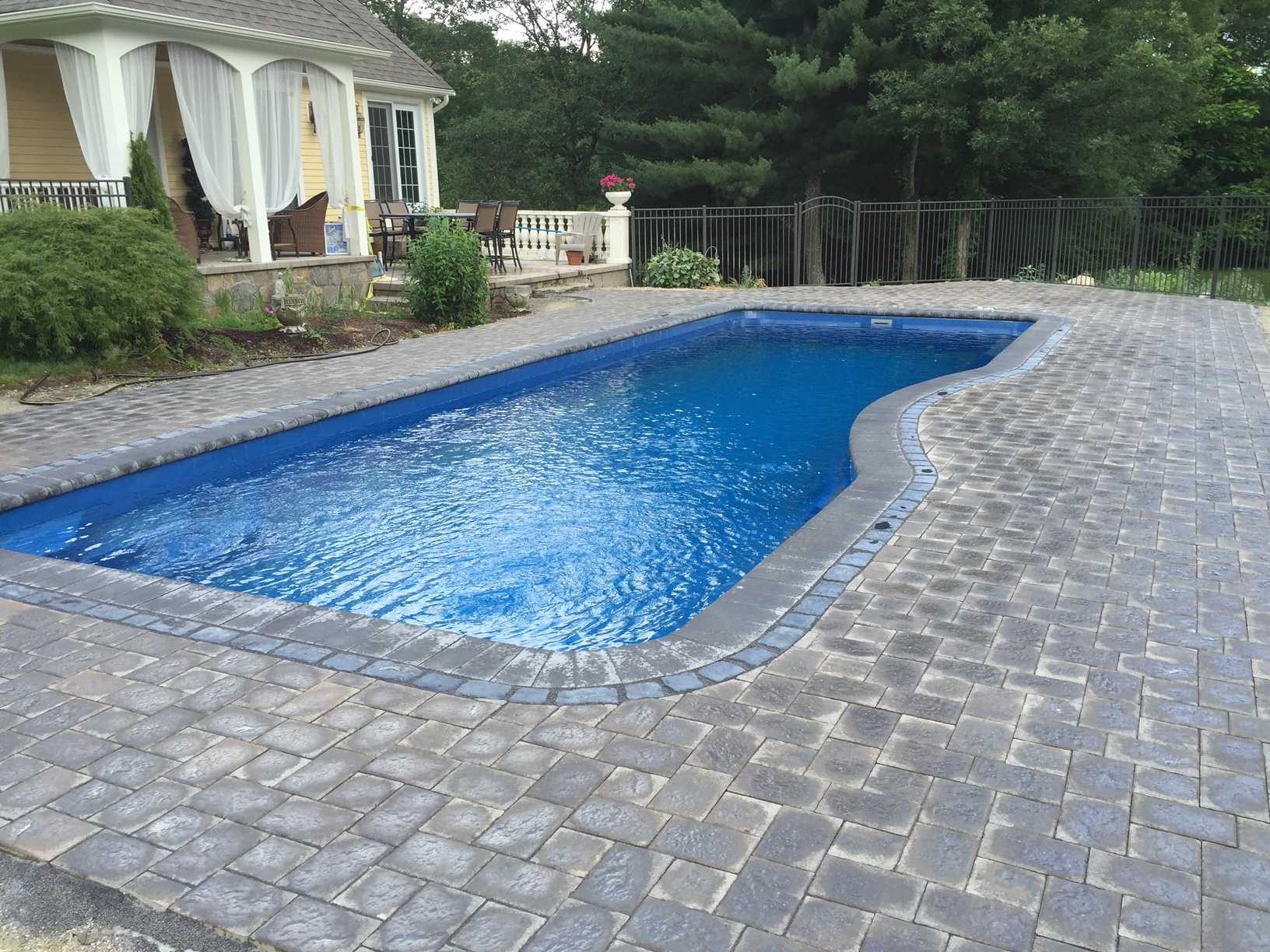Rhode Island Fiberglass In Ground Pools