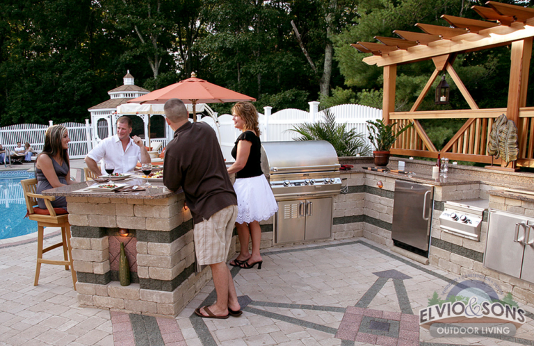 Custom Outdoor Kitchen and Paver Patio