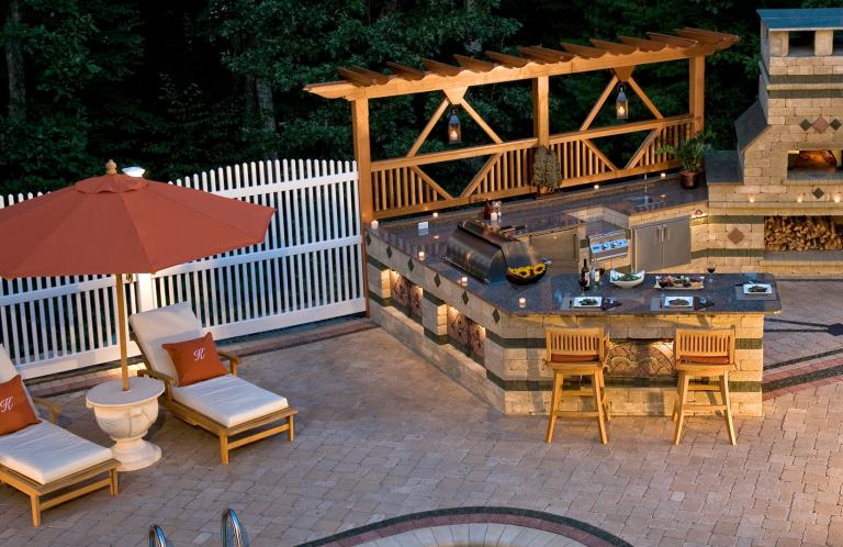 Paver Patios and Outdoor Living Spaces
